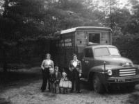 Bedford uit begin jaren 50 van de gebr. de Vries uit Boazum