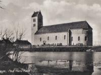 kerk-met-poel9