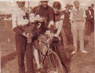 wielerwedstrijd-1933-met-riens-zwart