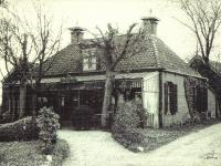 sylsterdijk-stationkoffiehuis-eigenaar-bos-1945